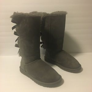 AUTHENTIC UGG BAILEY BOW TALL BOOTS SIZE 6